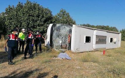 У Туреччині перекинувся автобус з українцями: є загиблий та постраждалі