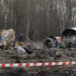 Смоленська трагедія: у Польщі заявили, що причиною авіакатастрофи стала вибухівка