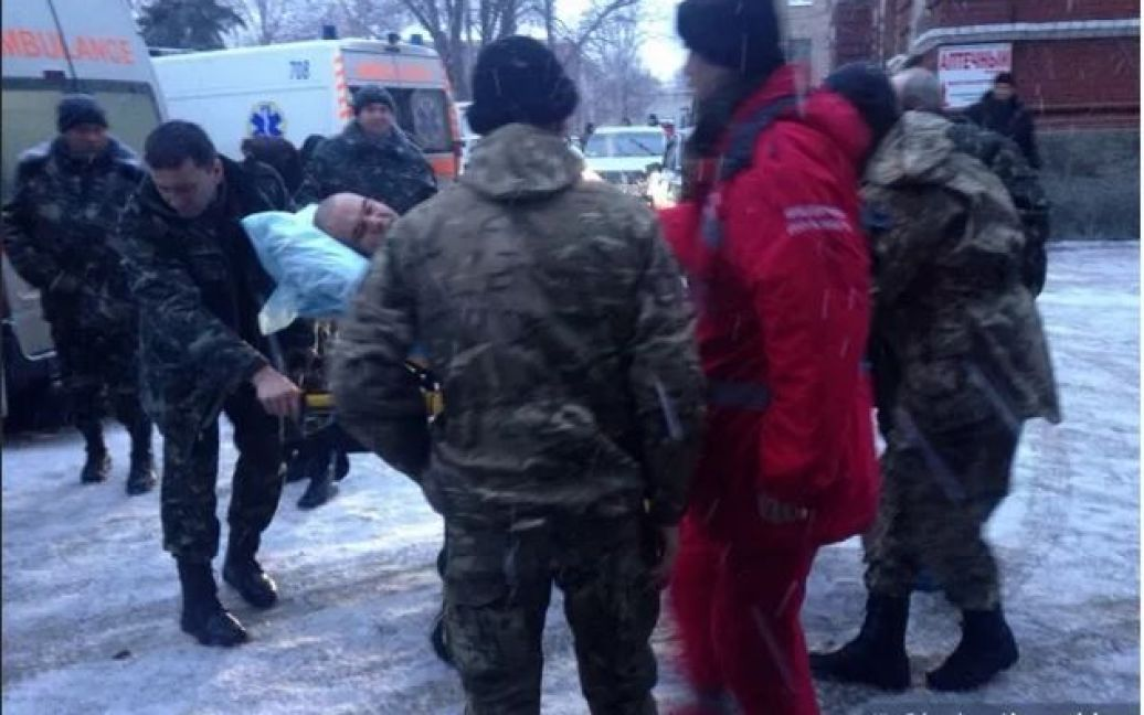 """Усіх поранених """"нацгвардійців"""" відправили до Харкова / © hromadske.tv"""