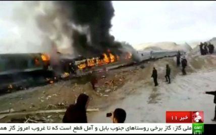 Кровавое столкновение поездов в Иране: десятки погибших и раненых