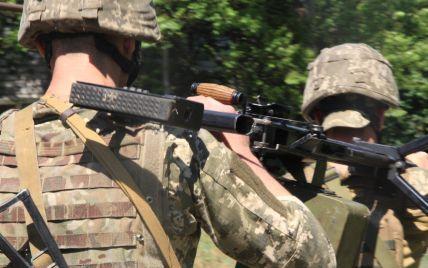Террористы семь раз обстреливали украинских защитников: боец ООС ранен