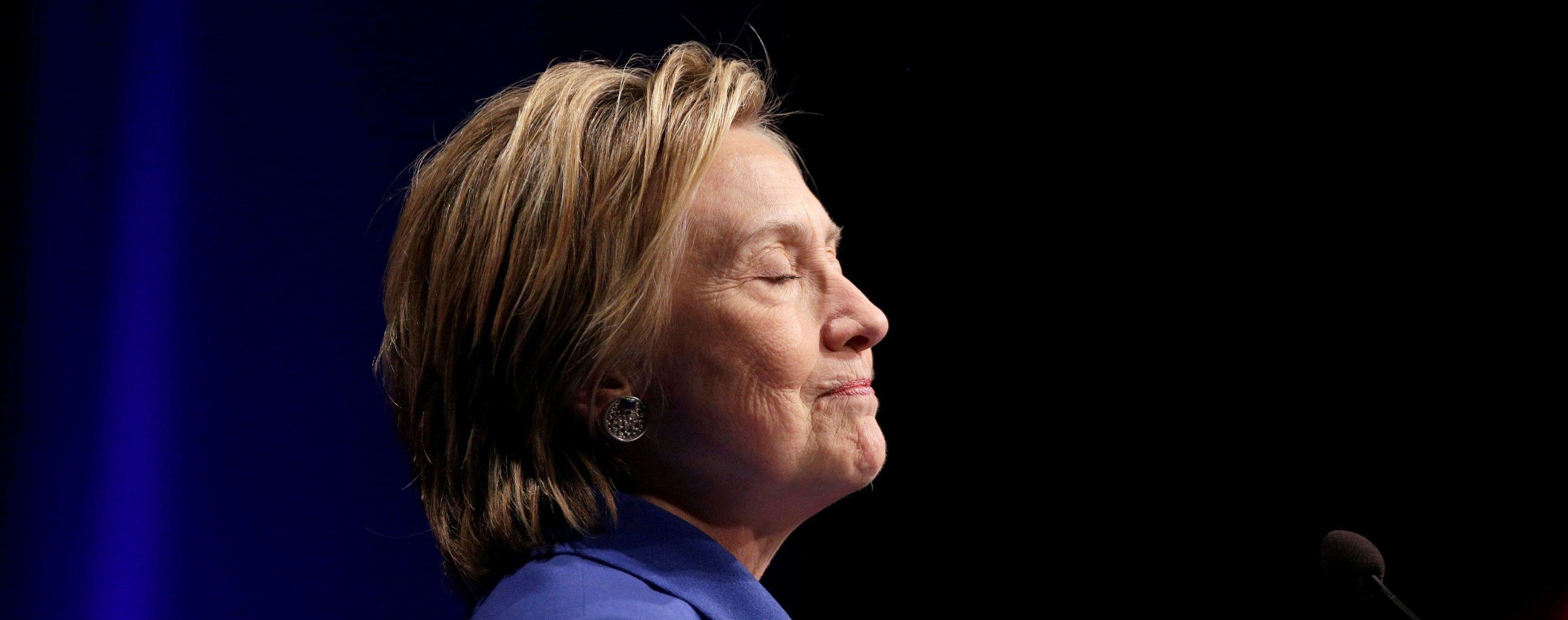 Клинтон может добиться пересчета голосов в трех штатах