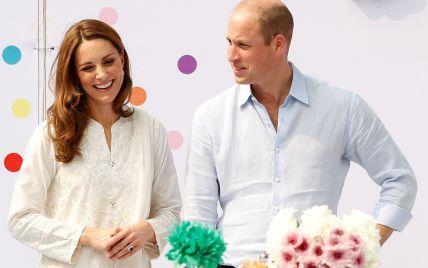 Кейт и Уильям поделились роликом с тремя детьми и растрогали своих поклонников