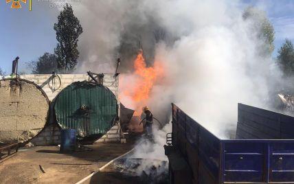 В Житомире на предприятии произошел взрыв и пожар: пострадали трое работников