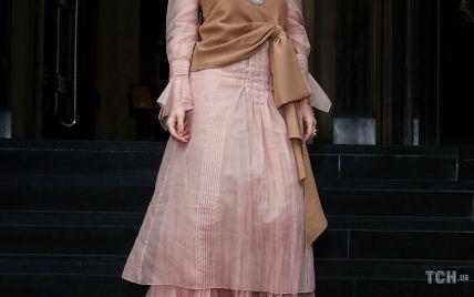 В платье Gucci: Рита Ора повеселилась на вечеринке в Сиднее