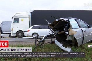 Новини України: на об`їзній дорозі Львова у ДТП загинула дворічна дівчинка