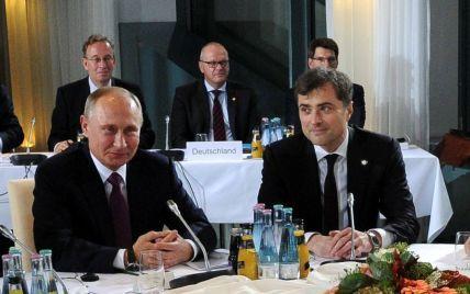 Помічник Путіна Сурков був категорично проти анексії Криму — депутат-втікач Вороненков