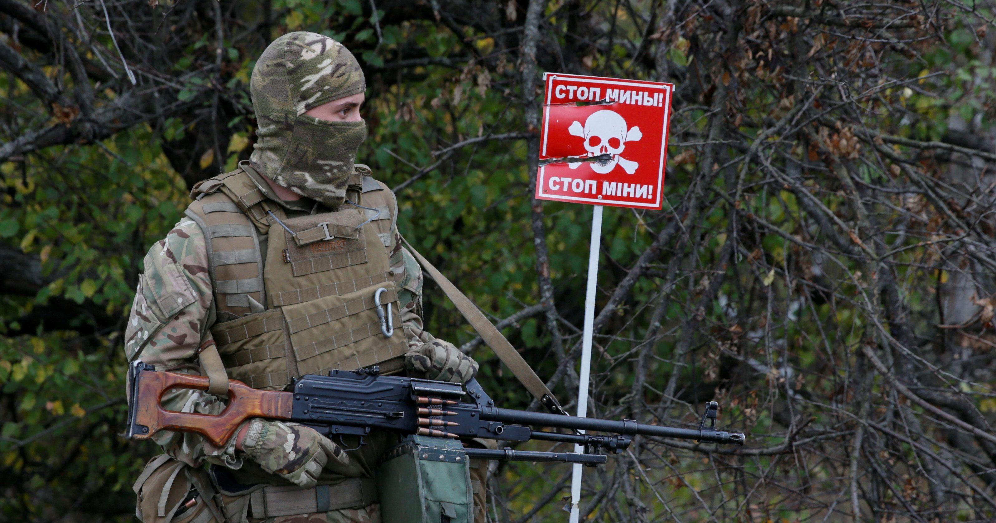В Новоазовске при взрыве во время организованного боевиками субботника погибла женщина