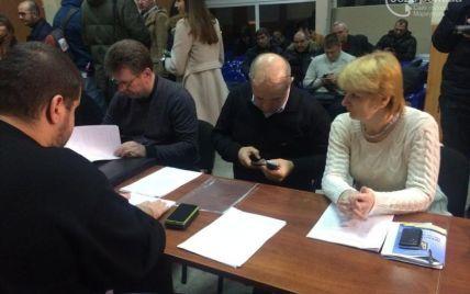 """В Мариуполе из-за нарушения уже закрыли один избирательный участок - """"ОПОРА"""""""