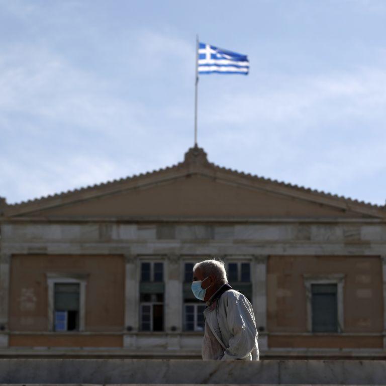 Украинские туристы вернутся из Греции специальными авиарейсами