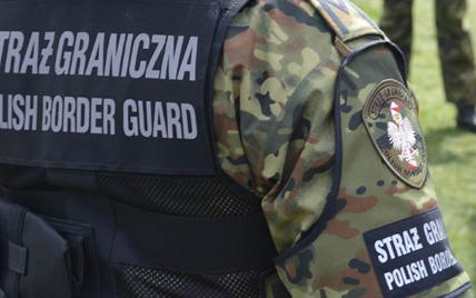 Лукашенко готовий послати в гібридну атаку понад 10 тисяч мігрантів, - прем'єр Польщі