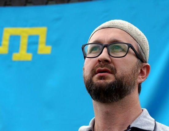 Оккупанты в Крыму поставили Джелялова на учет в СИЗО и сделали прививки от оспы и гепатита