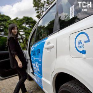 В Великобритании собираются щедро поощрить автовладельцев перейти на электромобили