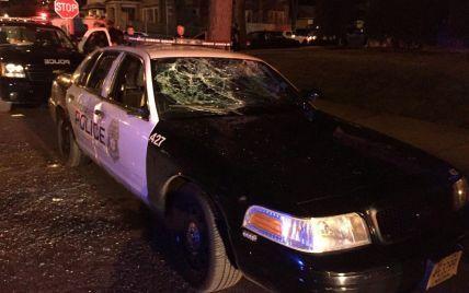 В американском Милуоки вспыхнули уличные беспорядки после убийства полицейским афроамериканца
