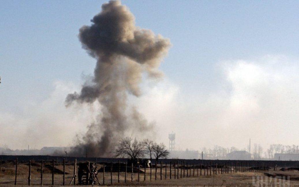 Сватово разгромлено из-за взрывов снарядов на военном складе. / © УНИАН