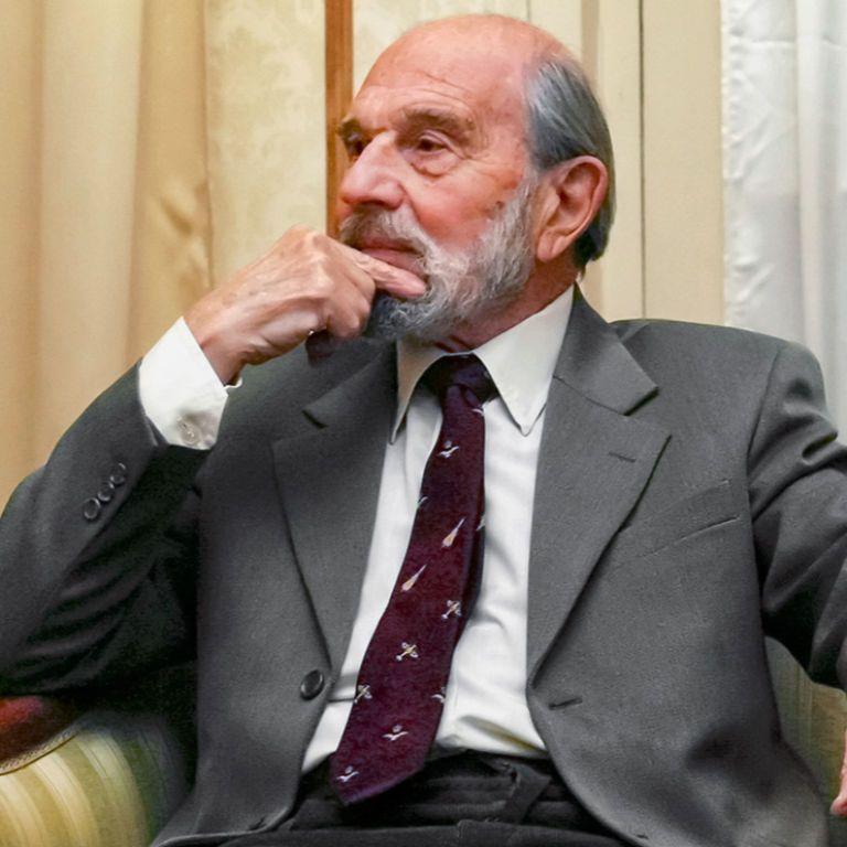 Помер відомий розвідник, який перейшов на бік СРСР із британської MI6