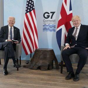 """У Великій Британії відкривається саміт """"Великої сімки"""": одним із перших на захід приїхав Байден"""