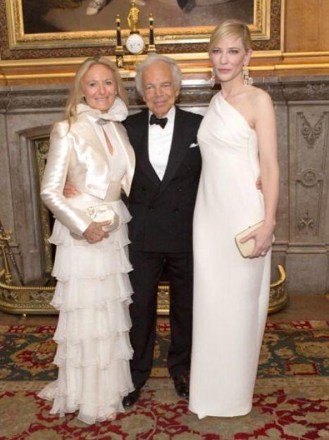 Ральф Лорен с супругой Рики и актрисой Кейт Бланшетт / © Getty Images