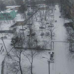 В Харкові випав сніг і різко погіршилася погода: фото, відео
