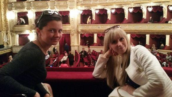 На фото переводчица Юлия и Ирина / ©