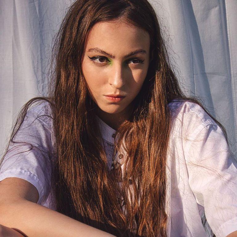 15-летняя дочь Оли Поляковой втайне от матери создала свою группу и спела