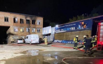 Пожар в столичном хостеле: погиб человек