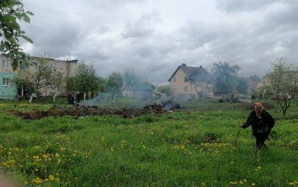 В Беларуси военный самолет упал на частный дом: есть погибшие