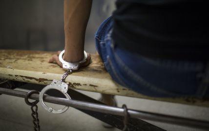 В Сумской области инкассатор, которого подозревают в краже, заявил о выбитых признаниях и запугивании