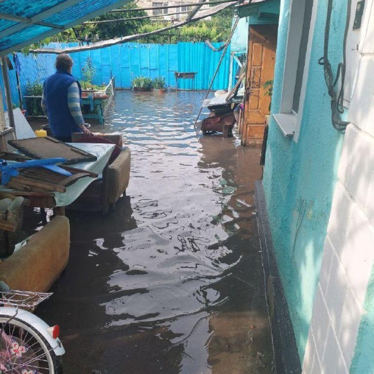 Одесса страдает от ливней и шквального ветра: видео разгула стихии