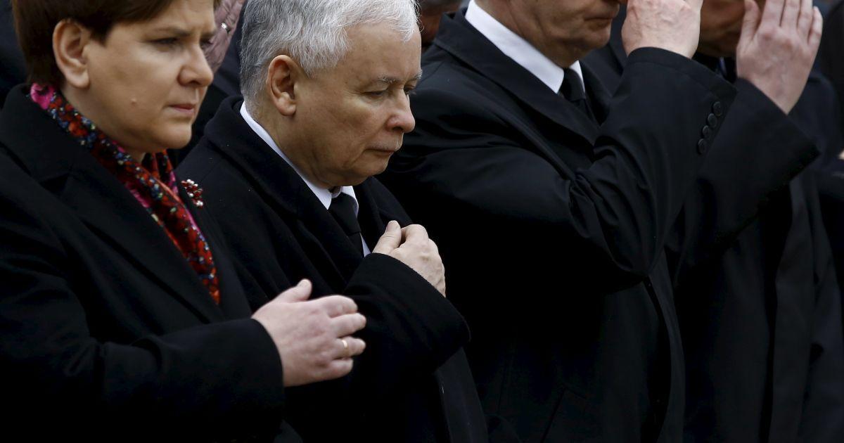 Голова правлячої партії Ярослав ачинський та очільниця уряду Беата Шидло / © Reuters
