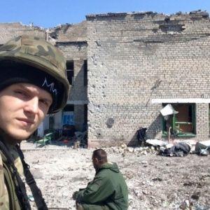 "Руфер Мустанг в рядах ""Азова"" воюет на Донбассе"