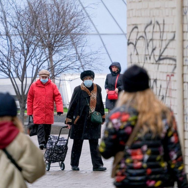 """Степанов назвал регион, который следующим выйдет из """"красной"""" зоны карантина"""