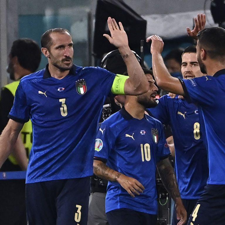 """Хто зупинить """"Скуадру Адзурру""""? Збірна Італії розгромила Швейцарію в матчі Євро-2020"""