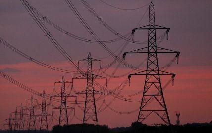 Тарифи на електроенергію для промисловості знизяться, а для населення зростуть