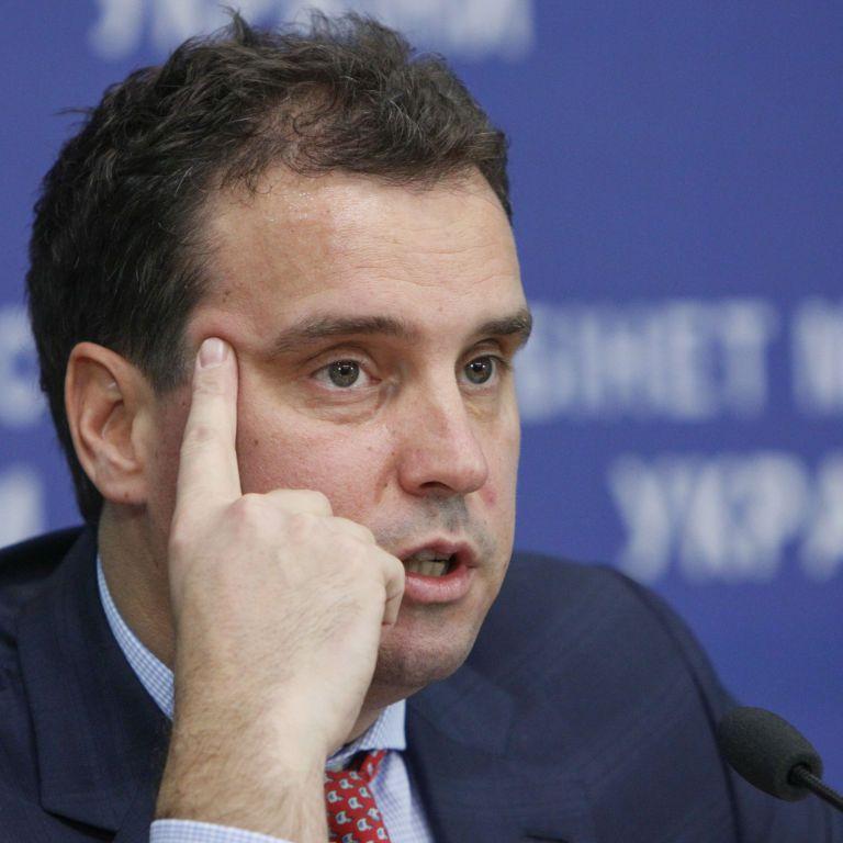 Як йшов Абромавичус: усе, що потрібно знати про головний скандал країни