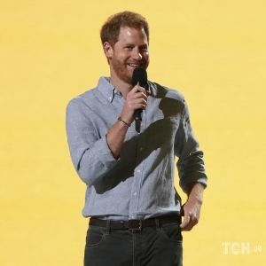 Первый выход после похорон дедушки: принц Гарри выступил на благотворительном мероприятии
