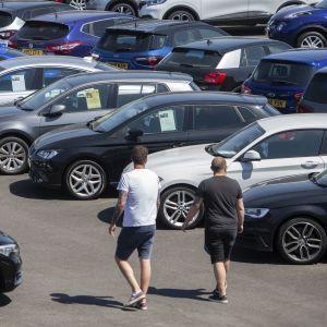 """Покупка подержанного авто: по каким признакам можно узнать, что машина """"убитая"""""""
