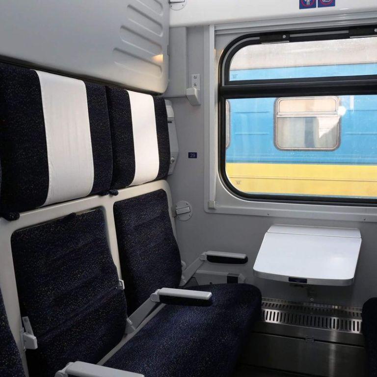 """""""Укрзализныця"""" обещает внедрить новые стандарты чистоты в вагонах уже этим летом"""