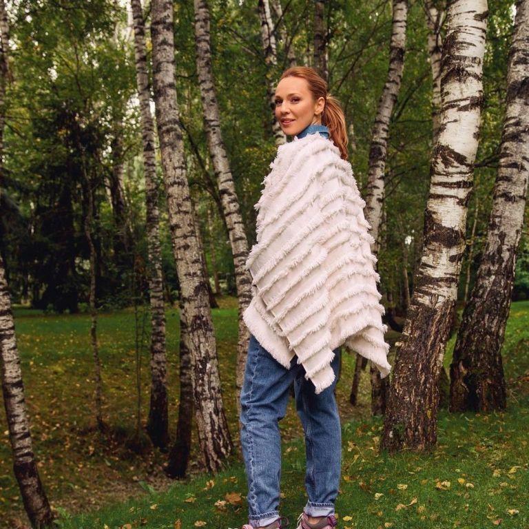 42-летняя Альбина Джанабаева показала себя вблизи без макияжа