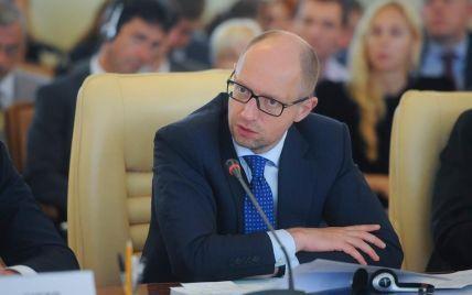 Україна подає до суду на Росію за порушення прав Сенцова – Яценюк