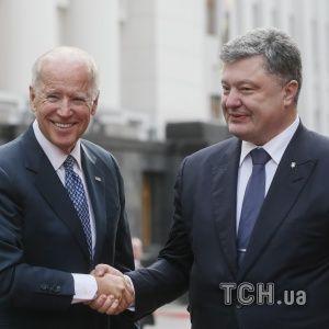 Санкции для полного восстановления целостности Украины: Порошенко и Байден обсудили давление на РФ
