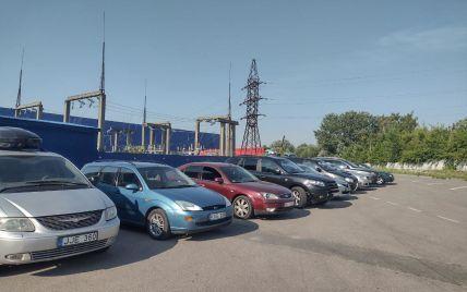 """Грозит безумный штраф: """"евробляхерам"""" напомнили о важном нюансе относительно превышения срока временного ввоза авто"""