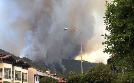Украинка оказалась в эпицентре пожаров в турецком Ичмелере: Мне реально уже страшно, масштаб просто сумасшедший