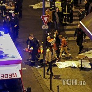 У Мережі з'явилося моторошне відео з перших секунд обстрілу терористами кафе у Парижі