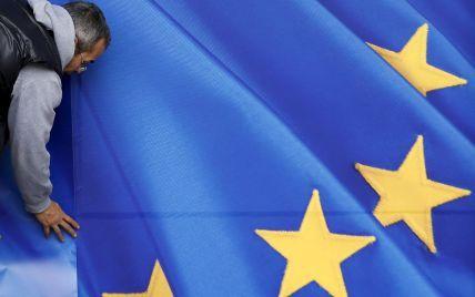 ЕС продлил санкции против РФ на шесть месяцев