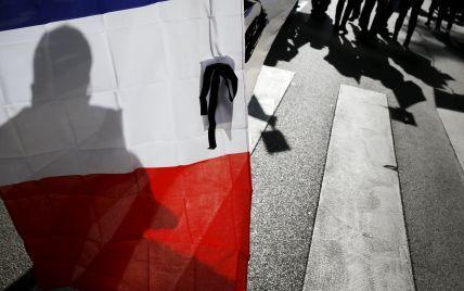 Трое из семи смертников, которые совершили теракты в Париже, были гражданами Франции