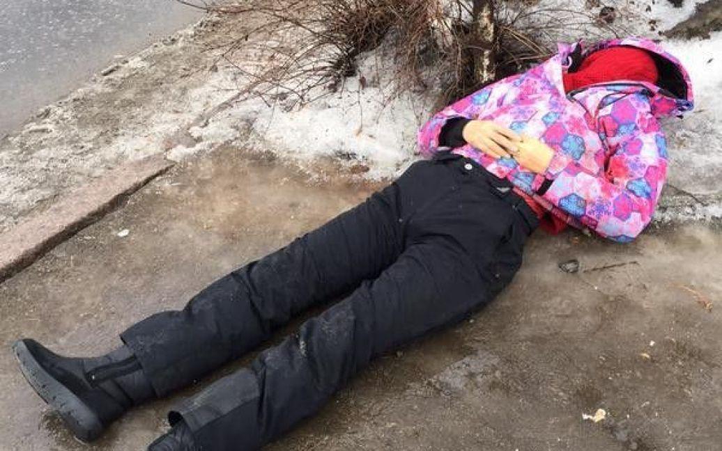 У Донецьку снаряд розірвався на зупинці / © 62.ua