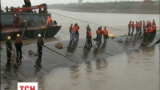 В Китае на месте крушения парома продолжается спасательная операция