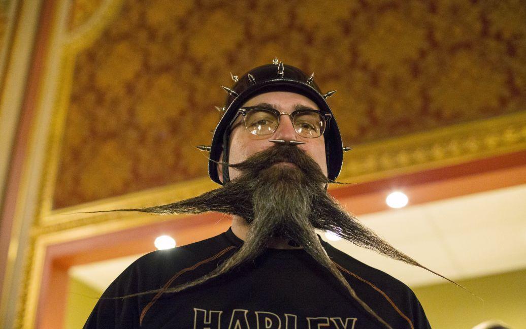 Сотни мужчин соревновались за звание человека, у которого самые лучшие волосы на лице. / © Reuters