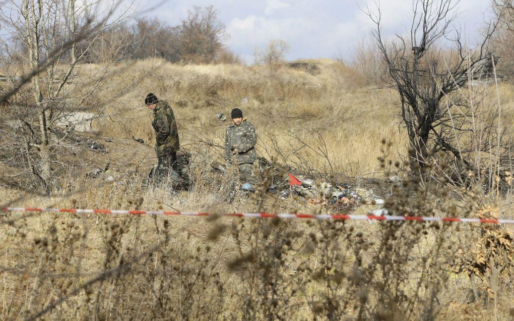 Фото были сделаны в первый час после авиакатастрофы / © Reuters